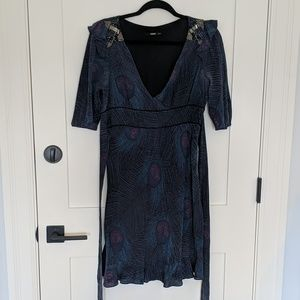 Oasis peacock print tie waist dress